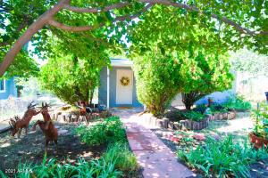 9 PARK Avenue, Bisbee, AZ 85603