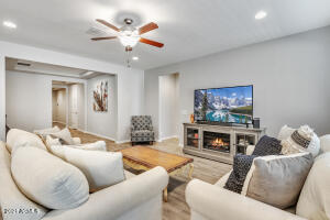 1682 W GORDON Street, San Tan Valley, AZ 85142