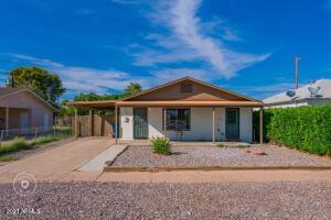 504 E ROOSEVELT Avenue, Buckeye, AZ 85326