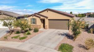 36573 N TAKOTA Trail, San Tan Valley, AZ 85140