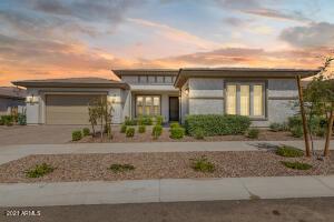 10536 E THATCHER Avenue, Mesa, AZ 85212