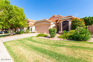 6520 E RAFTRIVER Street, Mesa, AZ 85215