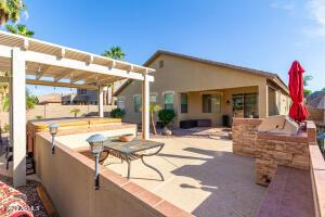 2936 E COUNTRY SHADOWS Street, Gilbert, AZ 85298