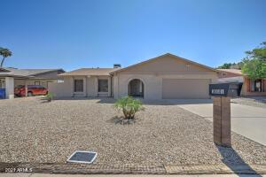 1031 W HERMOSA Drive, Tempe, AZ 85282