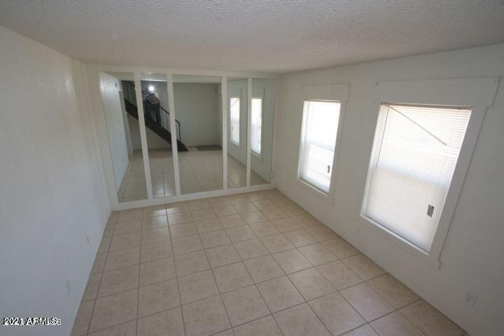 4625 living room