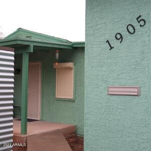 1905 E OAK Street, Phoenix, AZ 85006