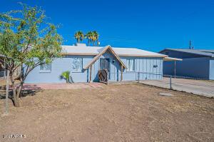 5517 N 61st Lane, Glendale, AZ 85301