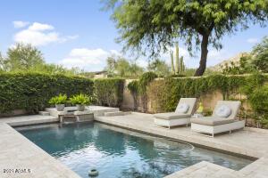 Resort style outdoor space