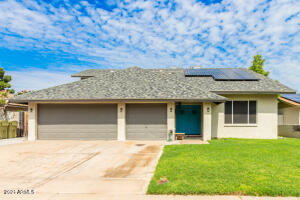 5544 W ALTADENA Avenue, Glendale, AZ 85304