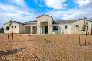 18706 E CHESTNUT Drive, Queen Creek, AZ 85142