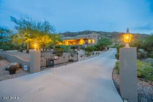 10829 S 25TH Drive, Phoenix, AZ 85041
