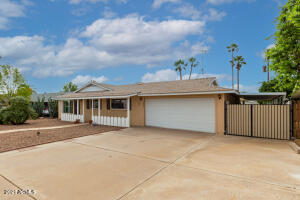 6437 E OAK Street, Scottsdale, AZ 85257
