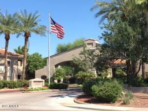 3830 E LAKEWOOD Parkway E, 2031, Phoenix, AZ 85048