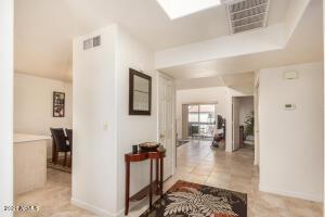 220 N 22ND Place, 2064, Mesa, AZ 85213