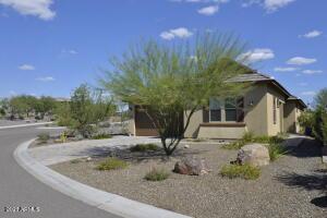 4475 COVERRED WAGON Trail, Wickenburg, AZ 85390