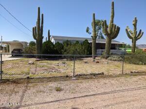 590 N Cactus Road, Apache Junction, AZ 85119