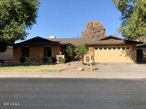 906 W BARROW Drive, Chandler, AZ 85225