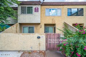 2121 S PENNINGTON Street, 17, Mesa, AZ 85202