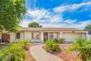 4631 W MIDWAY Avenue, Glendale, AZ 85301
