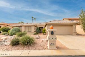24430 S PARKSIDE Drive, Sun Lakes, AZ 85248