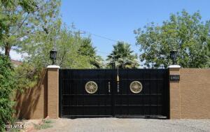 1736 E Frye Road, Chandler, AZ 85225