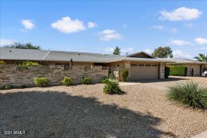 12819 W MAPLEWOOD Drive, Sun City West, AZ 85375