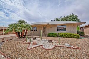 10806 W ROUNDELAY Circle, Sun City, AZ 85351