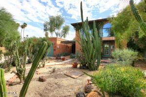 6033 E CARNATION Circle, Phoenix, AZ 85018