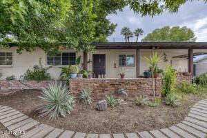 3837 N 50TH Street, Phoenix, AZ 85018