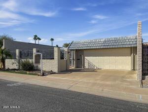10712 W EMERALD Drive, Sun City, AZ 85351