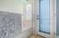 2nd bathroom tub and shower