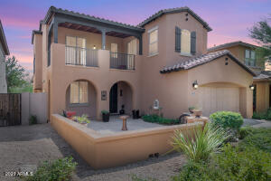Stunning home with mountain and city views in Windgate Ranch