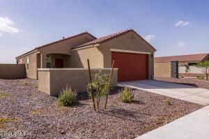3719 E HENSON Street, San Tan Valley, AZ 85140
