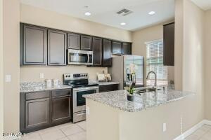 240 W JUNIPER Avenue, 1056, Gilbert, AZ 85233