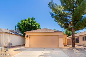 4015 W Fallen Leaf Lane, Glendale, AZ 85310