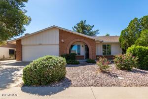 3230 N WOODBURNE Drive, Chandler, AZ 85224