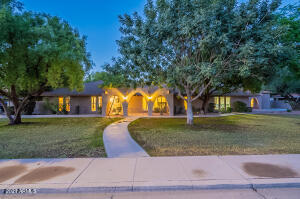 2226 E Hale Street, Mesa, AZ 85213