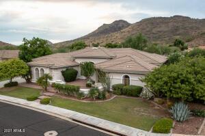 4506 W MOON BLOSSUM Lane, Phoenix, AZ 85083