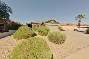 2098 W 22ND Avenue, Apache Junction, AZ 85120