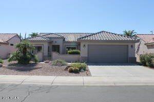 16069 W DESERT WINDS Drive, Surprise, AZ 85374