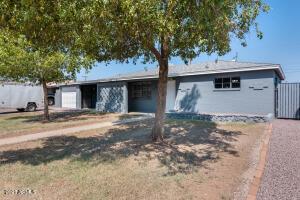 2940 W GRISWOLD Road, Phoenix, AZ 85051