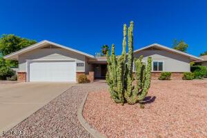 2406 E JENSEN Street, Mesa, AZ 85213