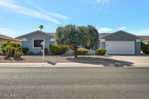10817 W Hutton Drive, Sun City, AZ 85351