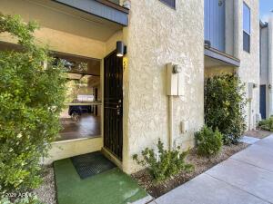 2946 N 14TH Street, 37, Phoenix, AZ 85014