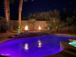 Amazing Night View of the Pool