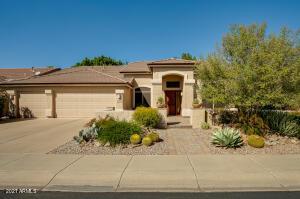 5032 E MICHELLE Drive, Scottsdale, AZ 85254