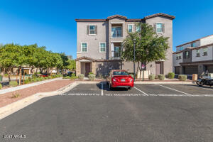 2338 E HIDALGO Avenue, Phoenix, AZ 85040