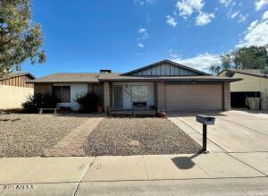 9449 N 63RD Drive, Glendale, AZ 85302