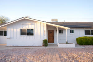 6408 E WINDSOR Avenue, Scottsdale, AZ 85257