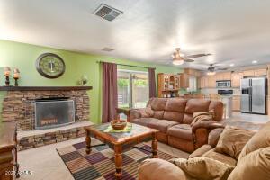 5629 W REDFIELD Road, Glendale, AZ 85306